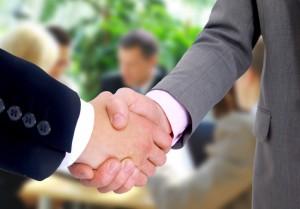 FreeGreatPicture.com-26273-cooperation-handshake